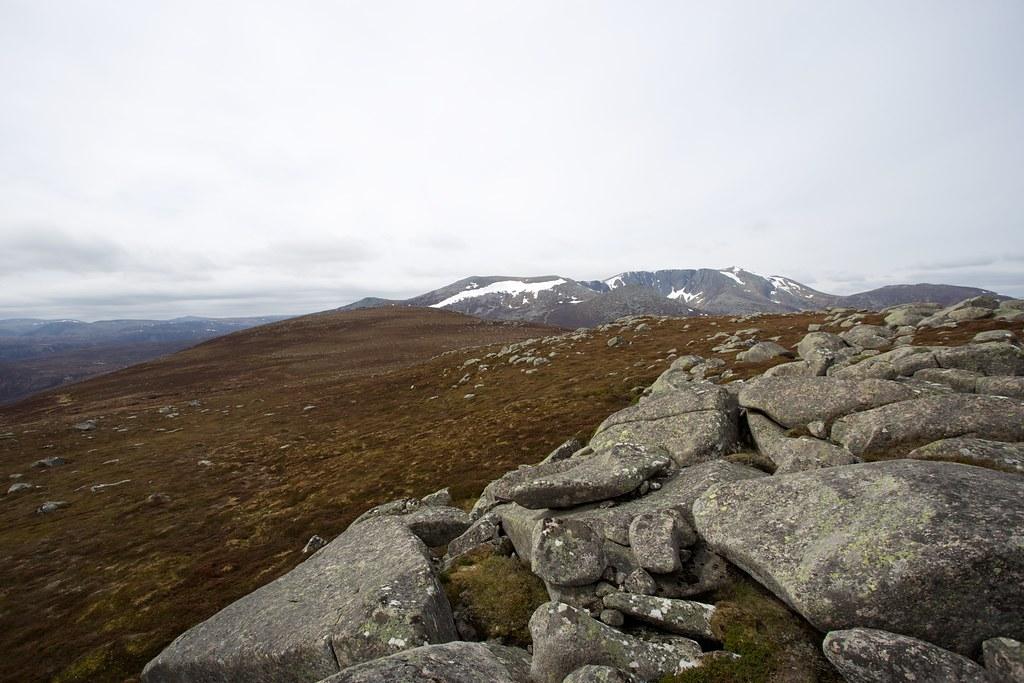 Towards Lochnagar