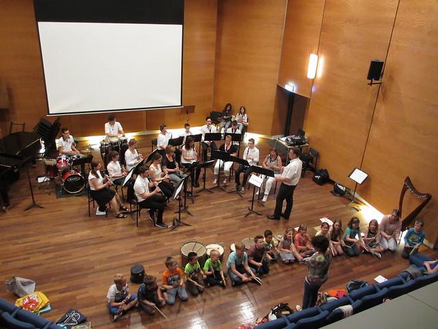 Concertje tijdens uitreiking AMV-diploma's