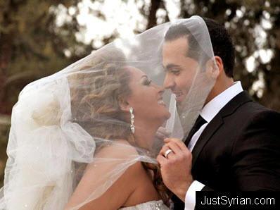 زفاف الفنانة السورية قمر خلف ومهيار خضور