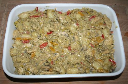 43 - In Auflaufform geben / Put in casserole