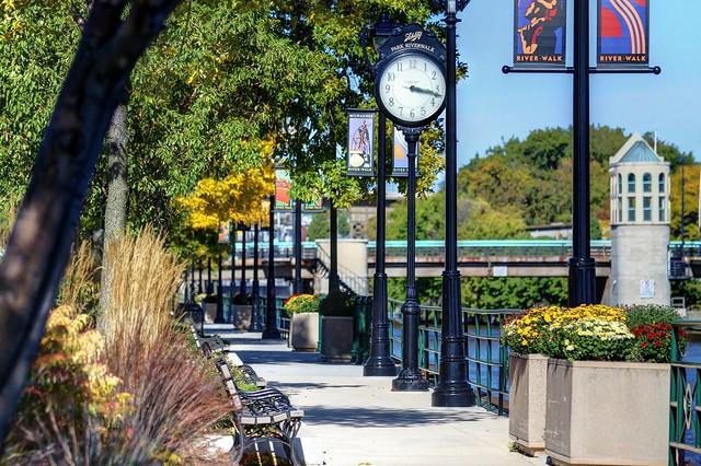 Schlitz Park Riverwalk