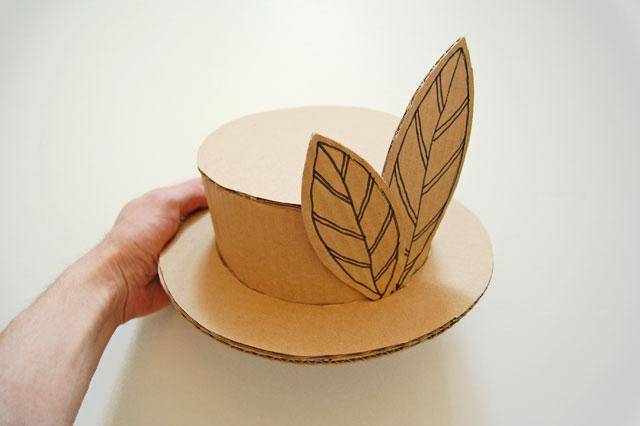 Cardboard hat_001