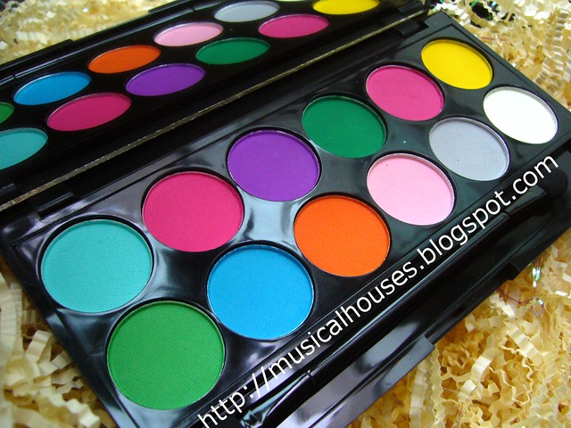 sleek ultra matte brights palette 1