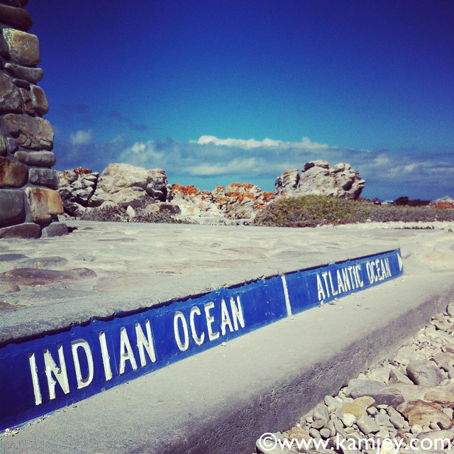 where does atlantic and indian ocean meet
