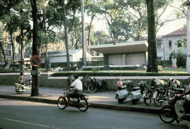 Công viên Chi Lăng trên đường Tự Do