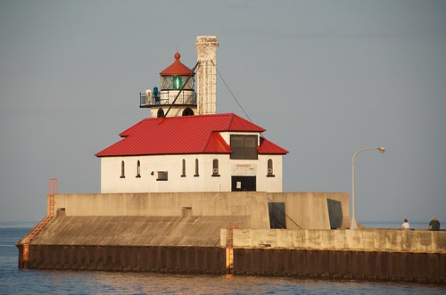Duluth - South Pier Breakwater Light
