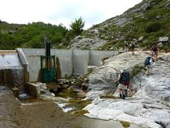 Barrage du Partusu et départ de la trace vers les bergeries de Chiasolli