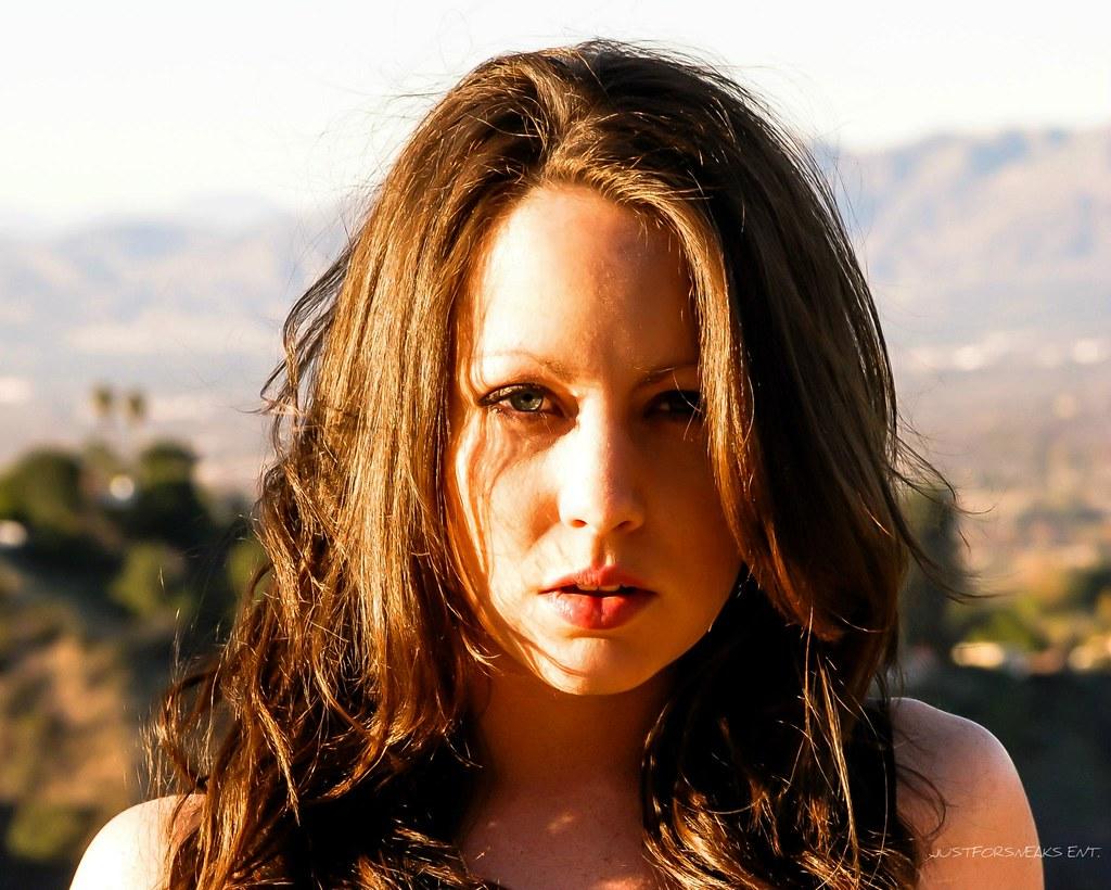 Caitlin Murphy Nude Photos 33