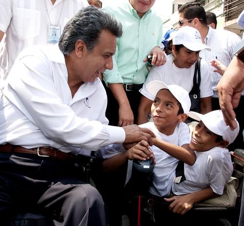 Vicepresidente Lenín Moreno saludó a los hermanos José Luis y José Armando Cevallos