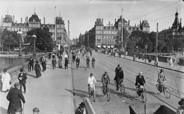 Danish Bicycle History - Dr. Louises Bridge