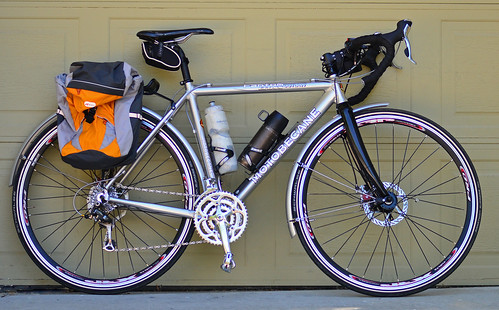 Motobecane Fantom Outlaw commuter bike