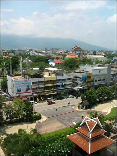 road street city urban mountains buildings landscape thailand hotel entrance shangrila driveway chiangmai accommodation hotelroom philscamera viewfromtheroom shangrilahotel changklanroad thanonthongchairange