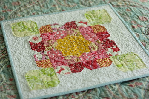 a bloom mini quilt