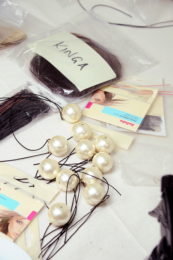 capelli-perle-chanel-02