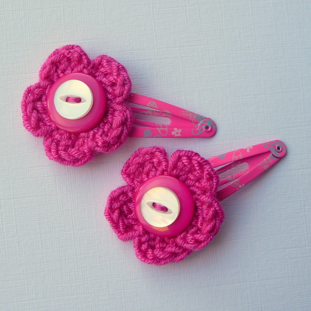 Pink crochet flower hair clips Flickr - Photo Sharing!