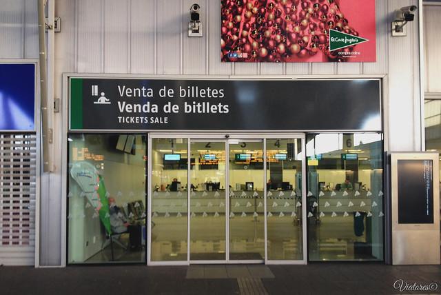 Ticket office. Estacion de Valencia-Joaquin Sorola