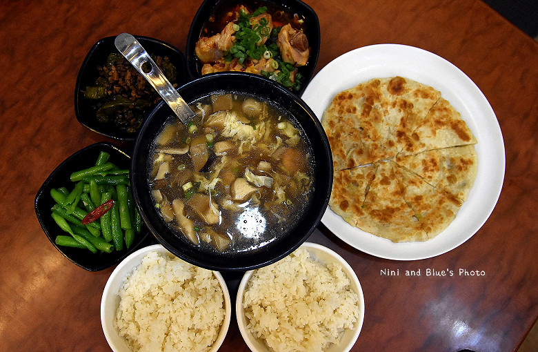台中美食平價小吃北平路麵食館利居05