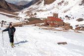 Skitouren in Marokko, Hoher Atlas. Neltner-Hütte, 3200 m. Foto: Günther Härter.