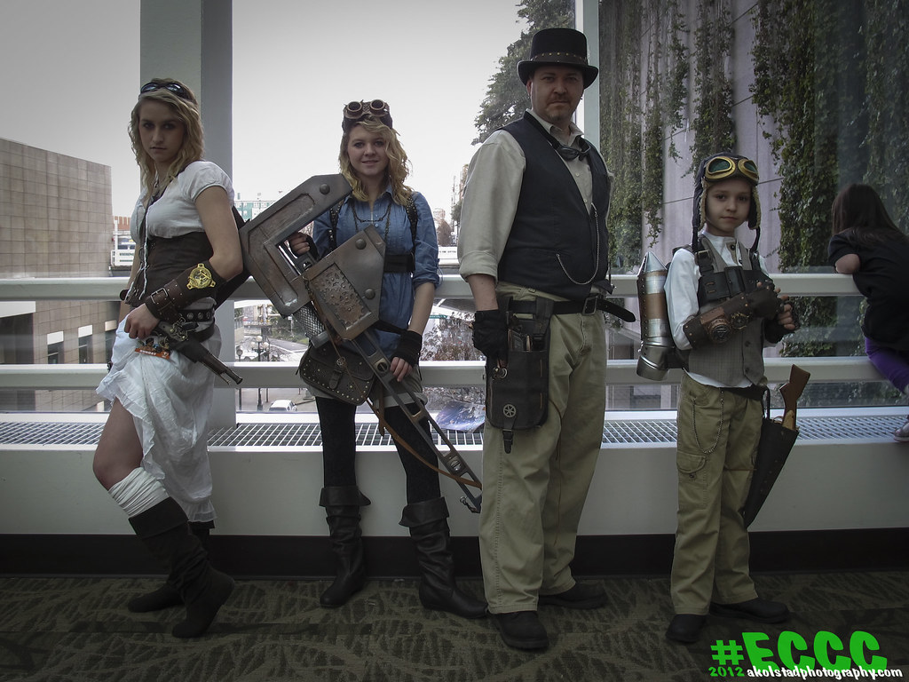 Emerald City Comic Con Day 3 Steampunk Family
