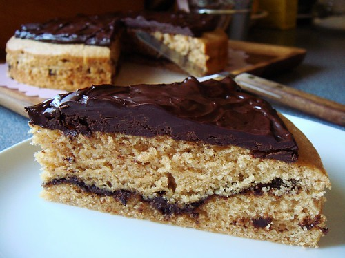 Cinnamon Mocha Cake with Ganache: Filling