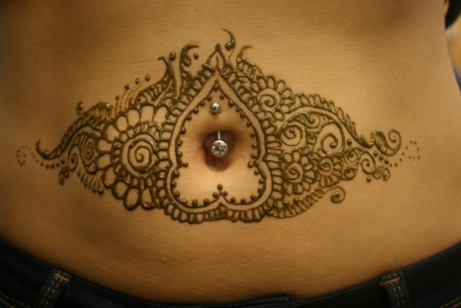 henna sense henna tattoo design around belly button
