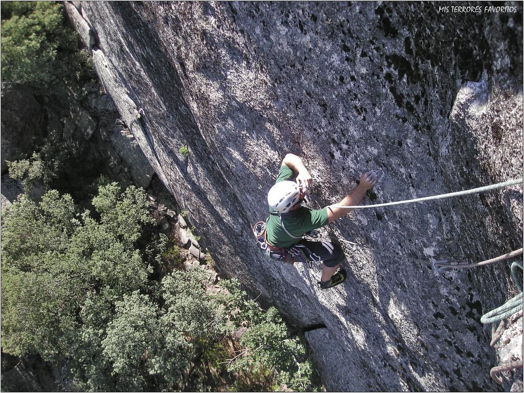 LA CEPILLADA DE MON AMI - EDsup 75 m 7a+ - PEÑA SIRIO NORTE