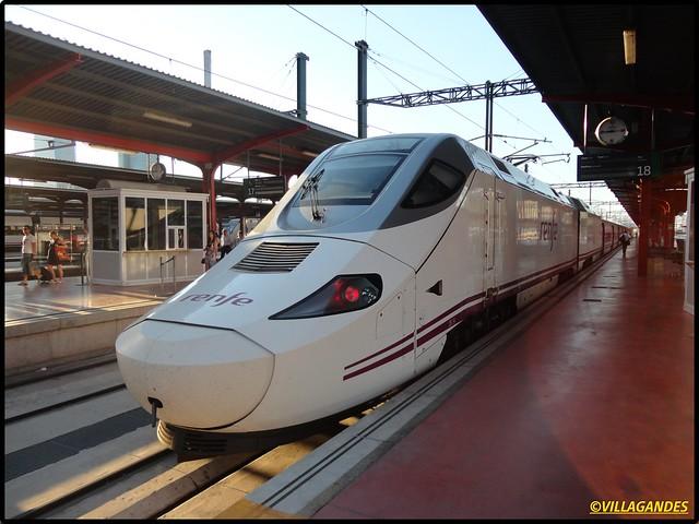 Serie 730 de Renfe - 'Híbrido' 7447145348_798a1c3095_z