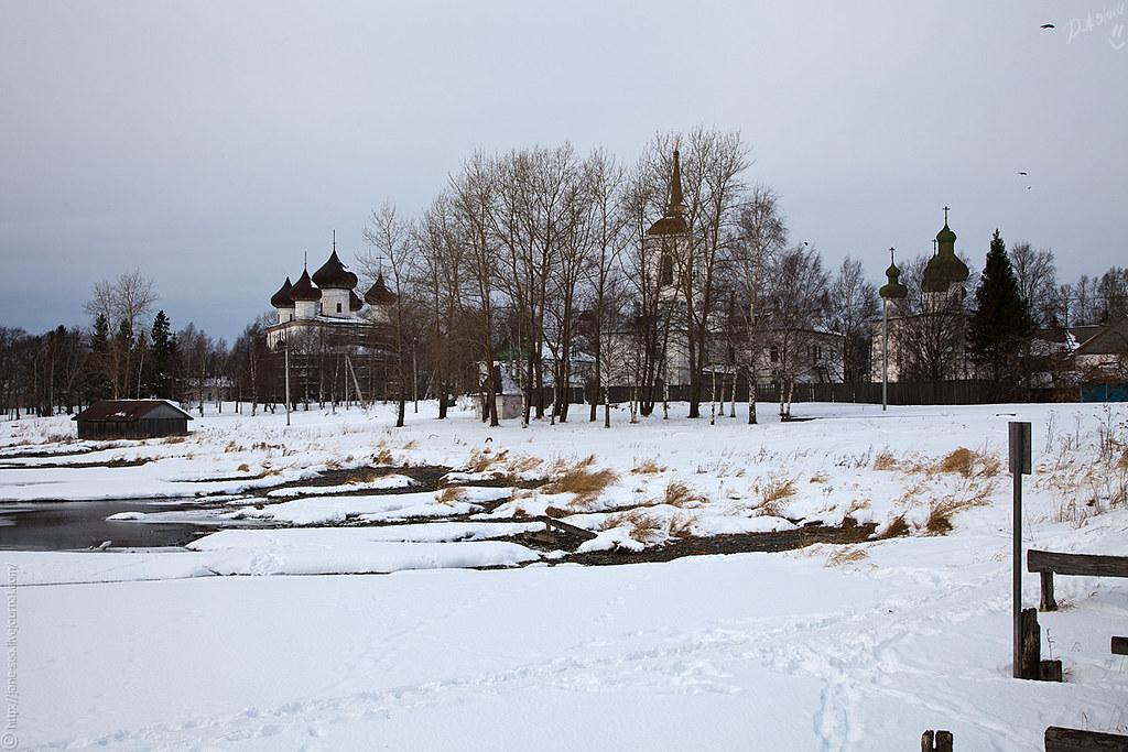 Соборная площадь с пристани
