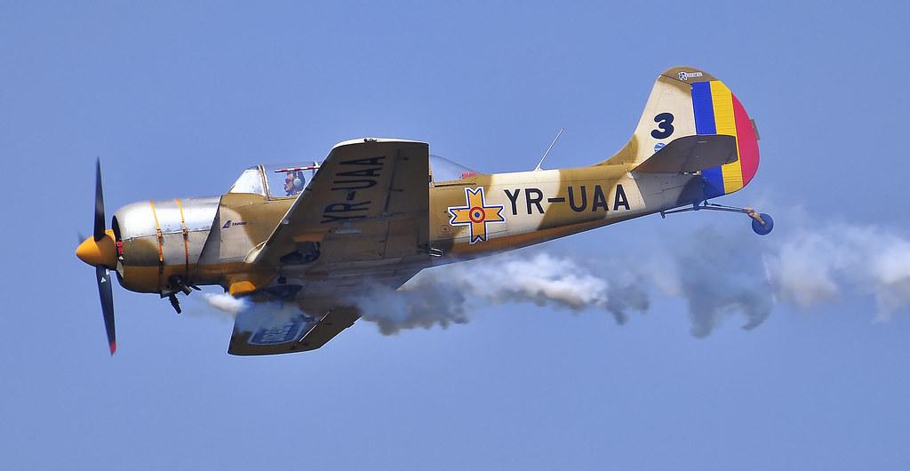 AeroNautic Show Surduc 2012 - Poze 7523031478_98fd429899_b