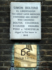 Photo of Simón Bolívar white plaque