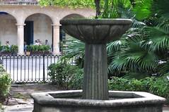 Es la plaza mas antigua de La Habana. En el siglo XVI era el corazon de la ciudad la habana vieja y un paseo por sus plazas - 7817526732 755022efd7 m - La Habana vieja y un paseo por sus plazas