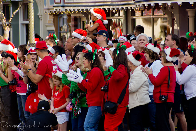 Disneyland Christmas Day Parade Filming 2012