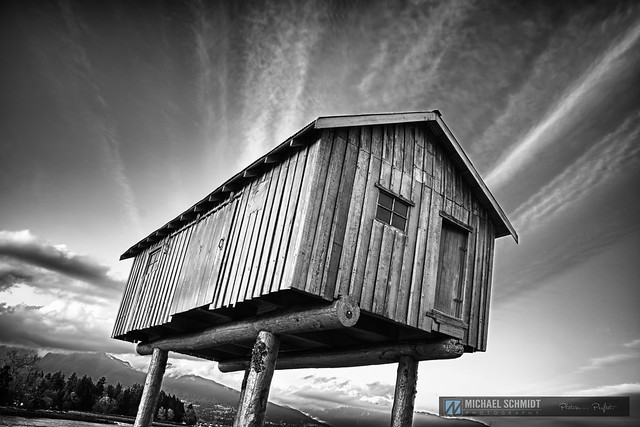2014-04-08 Vancouver Coal Harbour Lightshed-2