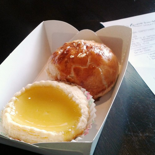egg tart & char siew puff @ fung wong confectionery