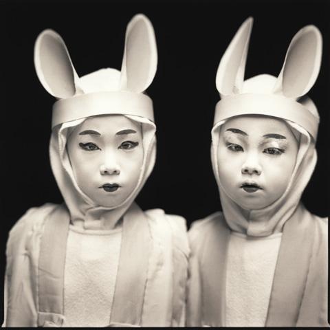 Hiroshi Watanabe, Marina Ema and Kazusa Ito, Matsuo Kabuki, 2003
