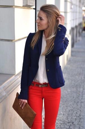 С чем можно носить синий жакет
