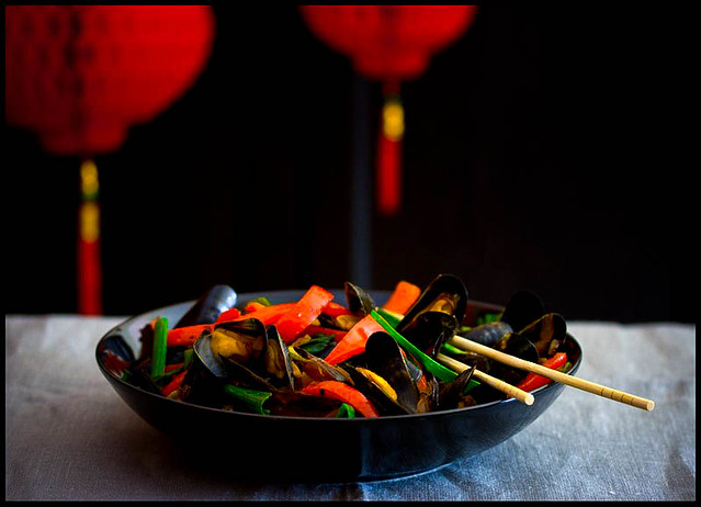 Mussels with salted black bean&red pepper (China)