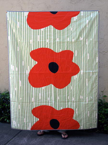 Poppy Quilt #2 with light binding