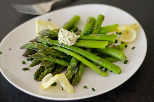 skillet asparagus with lemon-thyme butter