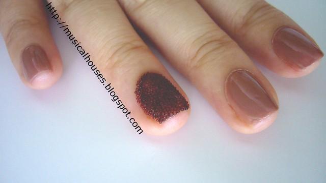 ciate caviar manicure inspired look 3