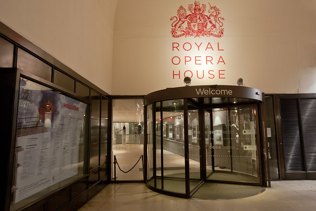 Entrance to Royal Opera House from the Piazza © ROH 2012