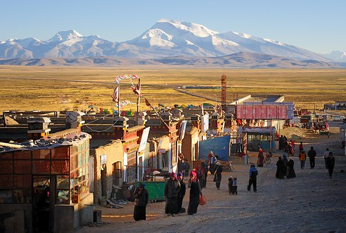 The bustling town of Darchen, Tibet by reurinkjan