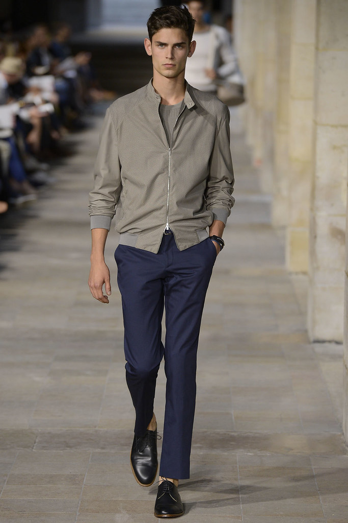 SS13 Paris Hermes008_Arthur Gosse(VOGUE)