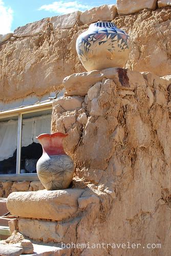 Acoma pueblo pottery (2)