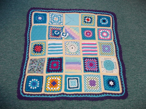 Thanks to pippa-anne for assembling this blanket. Thanks to everyone who contributed squares for it too! Beautiful.