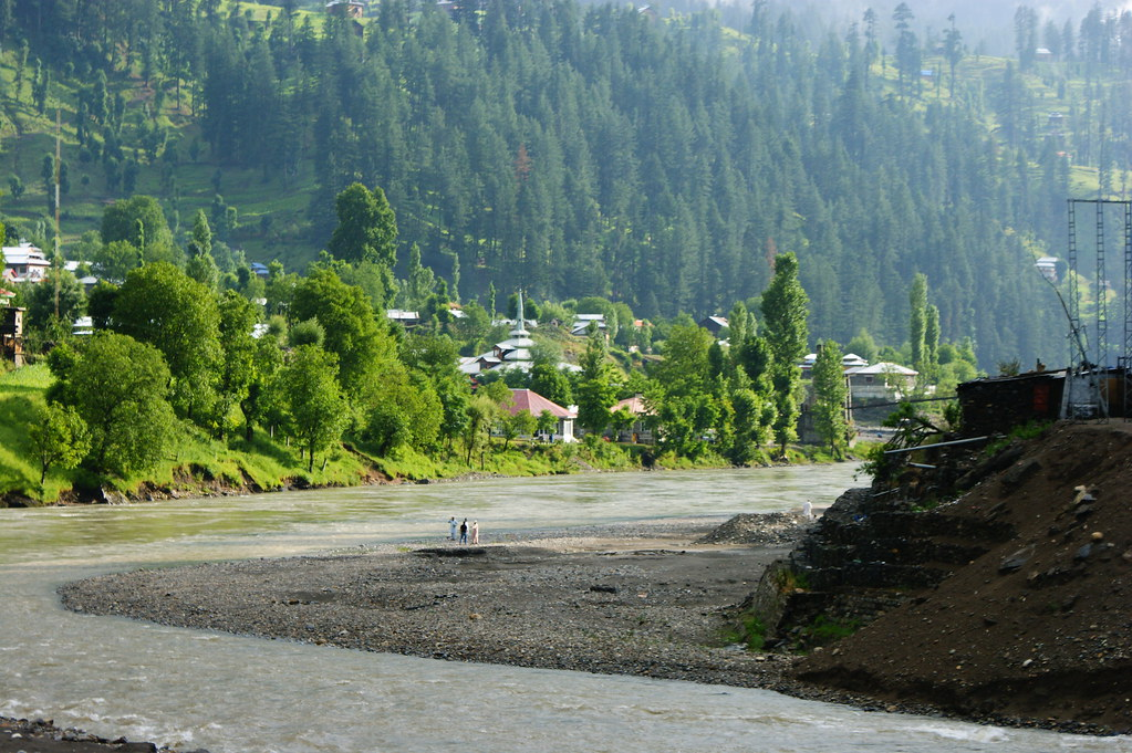 "MJC Summer 2012 Excursion to Neelum Valley with the great ""LIBRA"" and Co - 7635761124 6a81febb07 b"