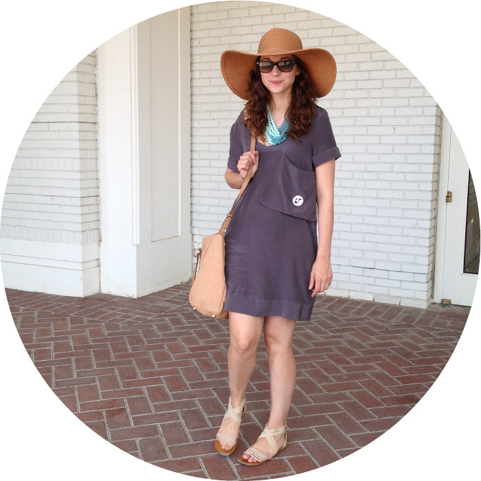 july outfit, arlington heights outfit, racetrack, horse racing, at the post, ootd, giant hats, racetrack attire