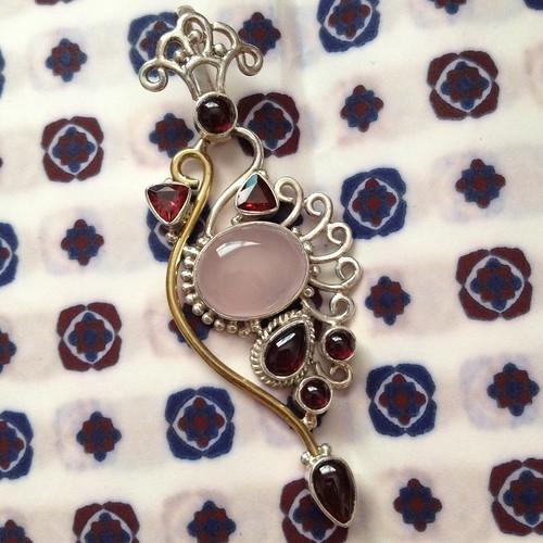 sterling garnet quartz pendant