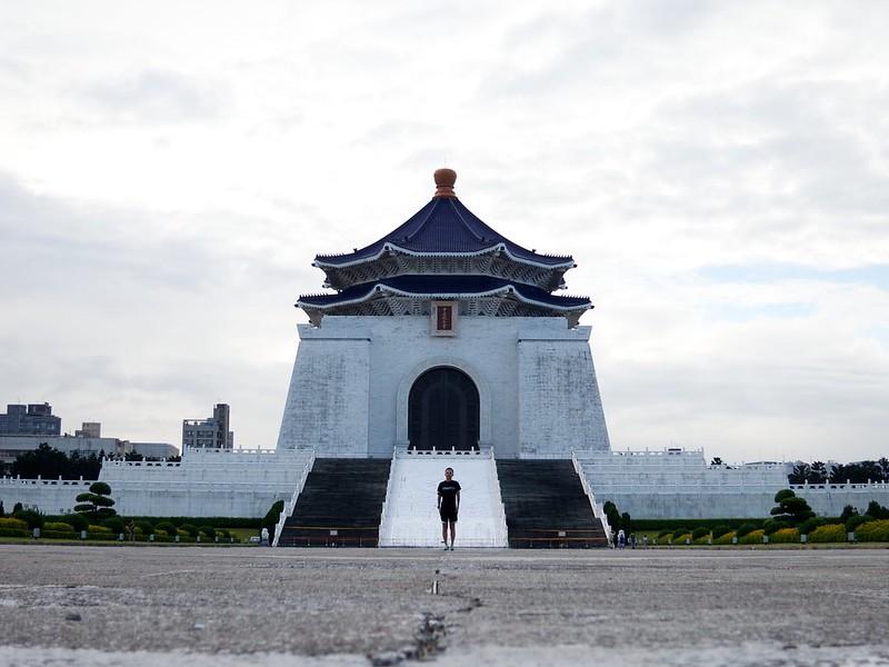 2012 台湾旅行 中正紀念堂 イケメン図