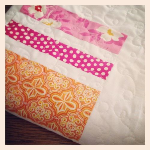 7854158332 07538a5be4 100 Quilts Blog Hop: One Little Minute & In Color Order